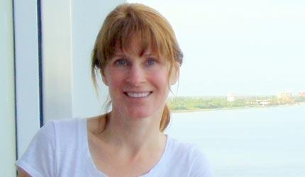 Jennifer Lyle, 4-Time Wealth Summit Grad